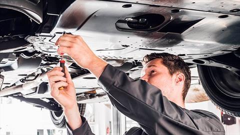 Mazda ofrece cambios de aceite gratis para todas las marcas