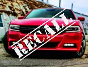 Recall a 504,000 unidades del Dodge Charger
