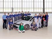 Volkswagen presenta dos concept car desarrollados por practicantes