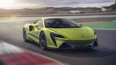 McLaren estrena su primer deportivo híbrido enchufable, el Artura