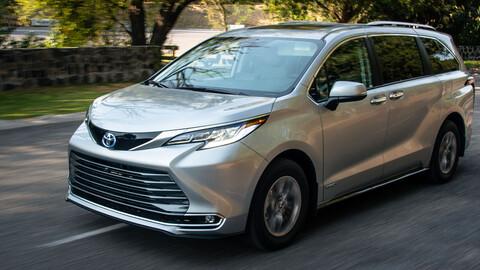 Toyota Sienna 2021, conoce el consumo de combustible real de esta minivan híbrida