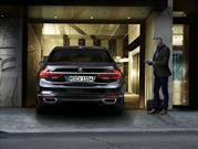 El BMW Serie 7 2016 estará disponible con estacionamiento remoto