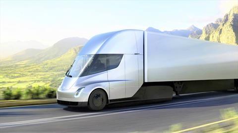 Comenzaría producción del camión de Tesla
