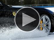 Disfrutando el Ferrari FF al máximo en la nieve