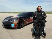 Una hombre con cuadriplejía correrá con un Chevrolet Corvette Stringray