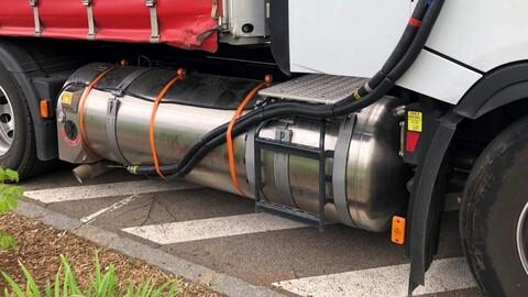 ¿Es cierto que los camiones de gas natural licuado son igual de contaminantes que los de diésel?