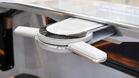 Hyundai desarrolla un volante que puede guardarse en el tablero