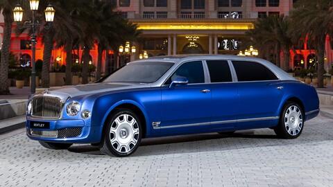 Bentley pone en venta 5 limusinas abandonadas