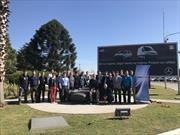 Mercedes-Benz recibió a jóvenes de la AFAC en La Matanza