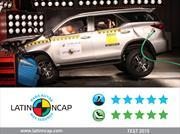 La nueva Toyota SW4 logra las 5 estrellas de Latin NCAP