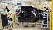 La economía frena la industria automotriz de México