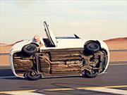 Árabes le cambian las ruedas a un Hyundai en movimiento