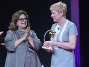 La Directora General de Citroën recibió el premio Mela d'Oro
