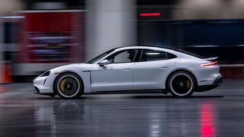 Porsche Taycan impone récord de velocidad indoor