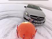 Video: Nico Rosberg se divierte en la nieve con Mercedes-Benz
