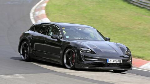 El Porsche Taycan Cross Turismo se deja ver en Nurburgring