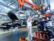 Empleados de Audi México regresan de su capacitación en Alemania