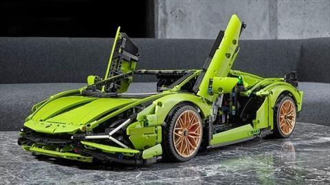 Enamórate del Lamborghini Sián FKP 37 de LEGO Technic