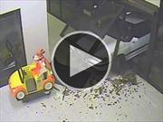 Video: Roban joyería de centro comercial con un auto