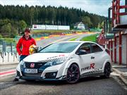 Honda Civic Type R reta a sus rivales en 5 circuitos europeos