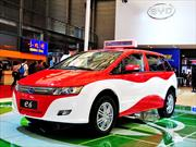 BYD entrega la mayor flota de taxis 100% eléctricos en Sudamérica