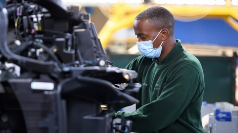 ¿En qué año se recuperará la industria del automóvil de la crisis provocada por el coronavirus?