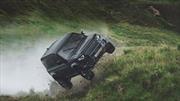 El nuevo Land Rover Defender demuestra el porqué fue elegido para la película de James Bond