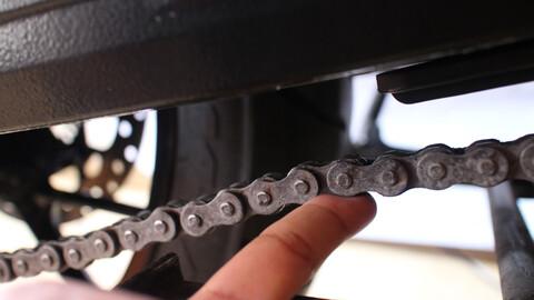 Servicio a la cadena de mi moto ¿Qué necesito?