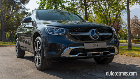 Mercedes Benz presenta al facelift del GLC y GLC Coupé en Chile