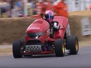 Honda Mean Mower V2, una poderosa podadora se luce en Goodwood