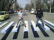 En India diseñan pasos peatonales 3D