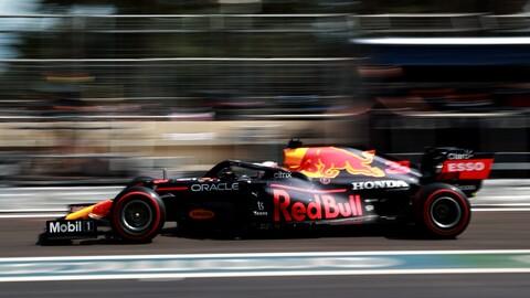 Las razones de los incidentes de Verstappen y Stroll en el GP de Azerbaiyán, según Pirelli