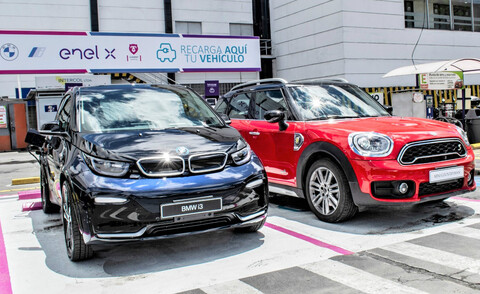 Nuevos puntos de recarga para autos eléctricos en Bogotá