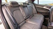 Cómo limpiar los asientos de piel de un automóvil