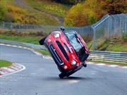 Nuevo récord de un automóvil sobre dos ruedas en Nürburgring