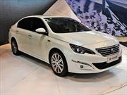 Peugeot 408 2015: Conocido como el 308 sedán se renueva