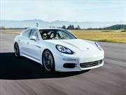 Porsche Panamera S E-Hybrid en pista