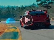 Honda enfrenta un Type R real con uno virtual