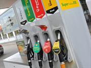 Los precios bajos de los combustibles podrían ahorrar miles millones de dólares a Estadounidenses
