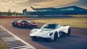 Aston Martin Valhalla aperece ahora en la pista