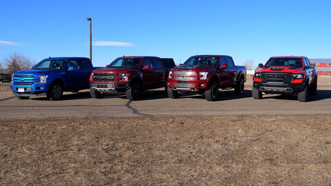 RAM TRX vs Ford F-150 vs Raptor vs Shelby Super Snake, carrera de pickups a un cuarto de milla