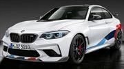 BMW M2 Competition porta nuevo traje de carreras marca M Performance