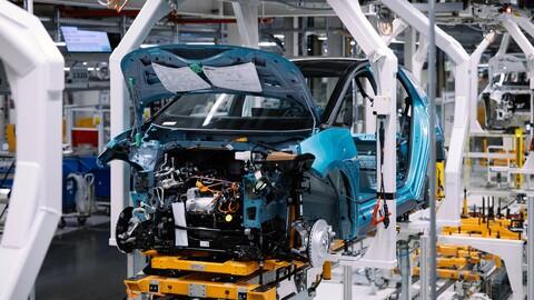 Volkswagen Group alista la chequera para innovar en vehículos eléctricos e híbridos