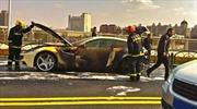 Ferrari FF, literalmente en llamas