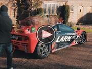 McLaren F1 GTR, tan rápido y versátil que hasta puede llevar árboles de Navidad