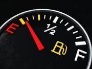 8 errores que aumentan el consumo de gasolina de su carro