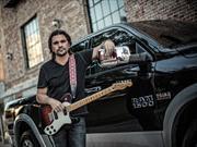 """Dodge Ram 1500 2013 y Juanes, """"A todo, con todo"""""""