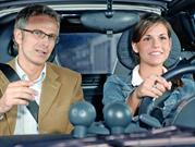 5 cosas que no debes hacer al volante
