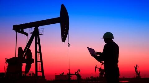 La demanda mundial de petróleo creció a un ritmo récord