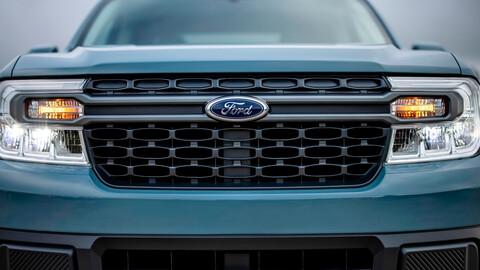 CEO de Ford da indicios que habrá varias versiones de Maverick, incluida una eléctrica